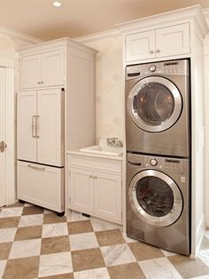 Like the idea of the appliances stacked in a cabinet, but not sure how practical it would be...