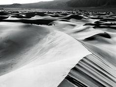 black and white desert Wallpaper
