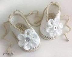 ❤❤❤ BABY BALLERINA PATTERN ❤❤❤ Adorable - crochet baby shoes / booties pattern includes 4 sizes: 0-3, 3-6, 6-9 and 9-12 months. - Beginner ~ Crochet Baby Shoes / Booties