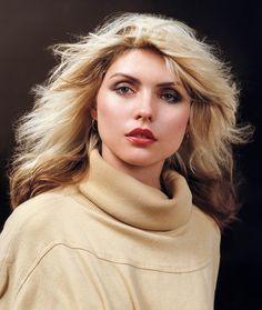 """""""Debbie Harry, by Lynn Goldsmith. """" Punk could be pretty pretty Blondie Debbie Harry, Rock And Roll, Lynn Goldsmith, Divas, Women Of Rock, Pepper Ann, Iconic Women, Female Singers, American Singers"""