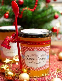 Cadeaux gourmands Archives - Page 2 of 3 - Anne-Sophie - Fashion Cooking Apple Jam, Breakfast Desayunos, Frozen Yoghurt, Jam And Jelly, Gourmet Gifts, Christmas Breakfast, Vegetable Drinks, Cute Food, Homemade Gifts
