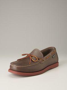 leather yarmouth camp moccasins / eastland shoe company