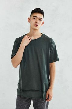 Feathers Double Layer Tee - Urban Outfitters