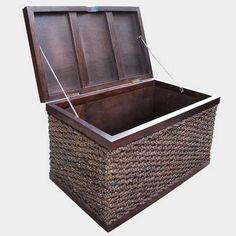 Duża skrzynia z liany hiacynta wodnego, kufer stylizowany