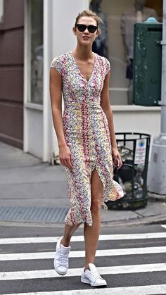 Tall-girl fashion tips that anyone can steal: Embrace the midi-length dress.