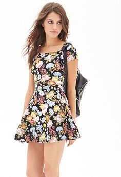Floral Print Skater Dress | FOREVER21 - 2000120004 This looks perfect! A Must Have!
