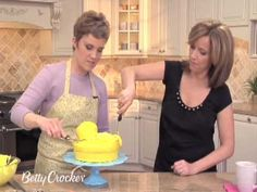 How To Make A Rubber Duck Cake with Betty Crocker