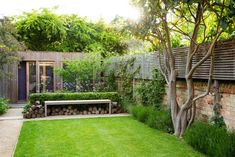 Like many town gardens, this relatively small space had to fulfill multiple roles; family garden, access to work studio, entertaining space and place to unwind amongst beautiful, romantic planting. Terrace Garden Design, Back Garden Design, Garden Design Plans, Small Urban Garden Design, Porch Garden, Garden Bed, Small City Garden, Narrow Garden, Small Town Garden Ideas