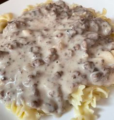 Creamy Ground Beef Stroganoff – Live Laugh Chicky Fun Noodles, Types Of Noodles, Ground Beef Stroganoff, Creamed Mushrooms, Different Recipes, Picky Eaters, Cravings, Favorite Recipes, Stuffed Peppers