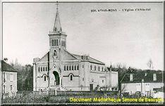 Notre Dame de Loudes détruite lors des bombardements du 18 avril 1944. Elle était située près de la gare de triage Avril, Notre Dame, Cathedral, Travel, Train Station, Trips, Viajes, Traveling, Cathedrals