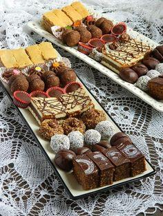 Taste of life: Predlog menija za posnu slavu Sweets Recipes, Baking Recipes, Cookie Recipes, Snack Recipes, Chocolates, Posne Torte, Torta Recipe, Kolaci I Torte, Torte Recepti