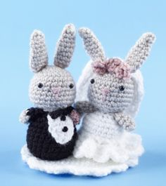 Amigurumi Bunny Wedding Cake Toppers, FREE from Lion (reg). Cute! thanks so xox