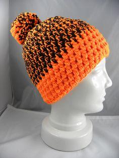 Crochet Slouchy Beanie, Loom Knit Hat, Loom Knitting, Knitted Hats, Beanie Pattern Free, Crochet Beanie Pattern, Crochet Tutorials, Crochet Ball, Booties Crochet