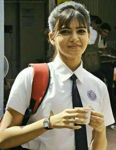 Fav look of samantha Samantha In Saree, Samantha Ruth, South Actress, South Indian Actress, Beautiful Girl Indian, Beautiful Indian Actress, Jaipur, Girls School Hairstyles, Samantha Images