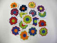 Crochet African Granny - Tutorial (African flower to square) Crochet Afghans, Freeform Crochet, Crochet Motif, Diy Crochet, Crochet Stitches, Crochet Patterns, Crochet Ideas, Granny Square Häkelanleitung, Granny Square Crochet Pattern