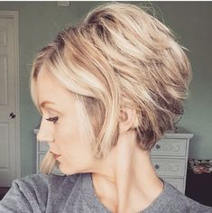 Messy Bob Hairstyles, Pretty Hairstyles, Straight Hairstyles, Medium Hair Styles, Curly Hair Styles, Short Blonde Bobs, Love Hair, Layered Hair, Mode Style