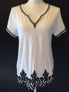 Lucky Brand Medium White Black Embroidered Cotton Knit Top Short Sleeve Size M #LuckyBrand #KnitTop #Casual