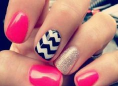 Very cute and easy nails