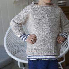 Pattern on PDF for cool cosy sweater Sizes - 3 (5) 7 (9) Yarn - Hexa (100 % alpaca) from Du Store Alpakka Yardage - 100 m = 50 gram You will
