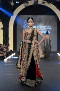 Sana Safinez - Pakistan Bridal Week 2013 25 width=