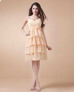 Lovely Spaghetti Straps Chiffon Knee Length Bridesmaid Dress