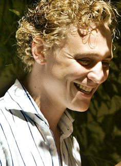 Tom Hiddleston after the presentation of 'The Changeling', a play to be staged at Grec Festival in Barcelona, Spain, on July 11, 2006 [HQ]