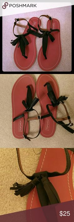 NEW Topshop sandals Leather Topshop new sandals. Super cute. European size 39 will fit an 8 Topshop Shoes Sandals