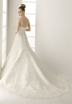 1.Strapless A-line Organza and Lace Elegant Wedding Dresses  2.Elegant Wedding Dress with Beading Detail at Center Bustline  3.Floor Length Wedding dress with train