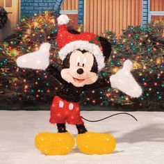 46 Of Amazing Outdoor Mickey Mouse Christmas Decorations Outside Christmas Decorations, Decorating With Christmas Lights, Light Decorations, Outdoor Decorations, Mickey Mouse Christmas, Christmas Characters, Outdoor Sculpture, Christmas Images, Mousse