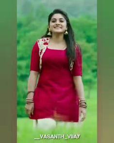 Beautiful Girl In India, Beautiful Blonde Girl, Beautiful Girl Photo, Beautiful Asian Women, Beautiful Indian Actress, Long Hair Indian Girls, Indian Dress Up, South Indian Actress Photo, Indian Girls Images