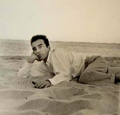 Montgomery Clift photo taken by Richard Avedon Hollywood Beach, Vintage Hollywood, Classic Hollywood, Old Hollywood Actors, James Dean Photos, Montgomery Clift, Richard Avedon, Director, Classic Films