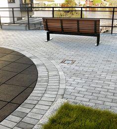 Aaltvedt Parkstein er enkel, stilig og svært velegnet til private og offentlige uteareal. Meget anvendelig stein med sine 20x10x6 cm. Kan legges i et utall mønster.