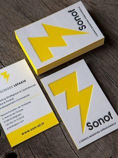Cartes de visite impression jaune et noir sur papier coton / letterpress business cards in black and yellow printed onto thick cotton paper