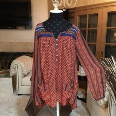 Free People Boho Blouse Thin sheer material, two front pockets, size S Free People Tops Tunics