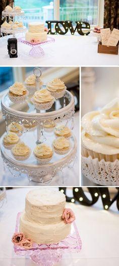 Die leckere CandyBar wurde mit süßen Cupcakes, Macarons und einer leckeren Hochzeitstorte ausgestattet. I © Light Source Photography