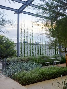 The pergola is not built to give shade as it has number of openings. Usually the climbers like vines are grown on them and this will provide you shade to some extent. Modern Landscape Design, Modern Landscaping, Front Yard Landscaping, Landscape Architecture, Green Facade, Terrace Garden, Garden Sofa, Herb Garden, Garden Paths
