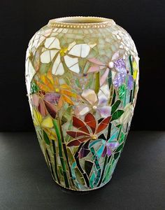 ScallonArt - available mosaic pieces - blue vase decorated with jewels and blue stained glass Mosaic Vase, Mosaic Flower Pots, Flower Vases, Mosaic Crafts, Mosaic Projects, Mosaic Ideas, Mosaic Designs, Mosaic Patterns, Mosaic Pieces