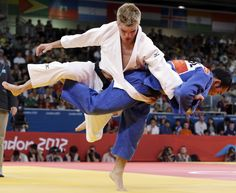 It's Amazing How Fast Two Fighters Move While Engaging Judo, Sports Pictures, Martial Arts, Olympics, Action, Positivity, It's Amazing, Image, Group Action