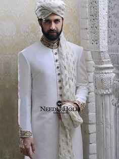 Offwhite barat sherwani design for men design by Emran Rajput in Bristol UK Sherwani Groom, Mens Sherwani, Wedding Sherwani, Indian Groom Dress, Wedding Dresses Men Indian, Wedding Dress Men, Wedding Wear, Indian Suits, Outfits