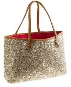 Aprenda como hacer bolsos sencillos y utiles y gane dinero trabajando . Estos bolsos en tela son muy usados por los estudiantes, para ir a la playa, como pañalera para el bebe, para ir de camping, de compras etc.