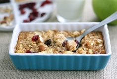 Apple Cinnamon Baked Oatmeal Recipe on twopeasandtheirpod.com Love that this can be made in advance! Great healthy breakfast! #apple
