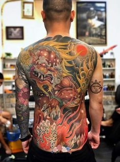Full Leg Tattoos, Back Tattoos For Guys, Body Art Tattoos, Hanya Tattoo, Yakuza Tattoo, Foo Dog Tattoo, Best Tattoo Shops, Fu Dog, Traditional Japanese Tattoos