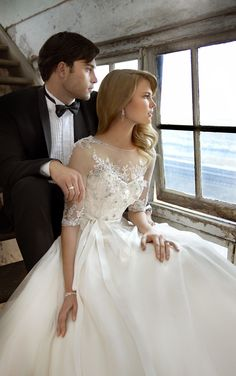 Vintage inspired Wedding Dress//