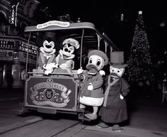 A Visit to the Christmas of Magic Kingdom 1983