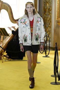 Gucci Resort 2018 Fashion Show - Tobias Lundh