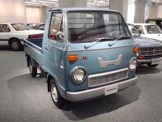 Honda TN360 producida del 1967 - 1977 Maintenance of old vehicles: the material…