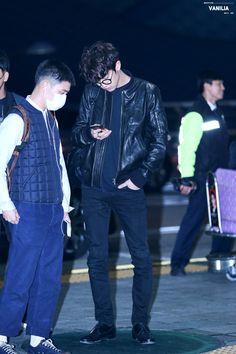 161106 EXO Chanyeol & D.O   Incheon Airport to Nagoya