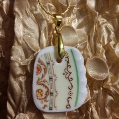 Vintage China, Pendant Jewelry, Jewellery, Personalized Items, Trending Outfits, Unique Jewelry, Handmade Gifts, Etsy, Kid Craft Gifts