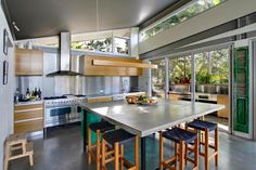 Kookaburra House -award winning, a Byron Bay House | Stayz