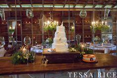 Sweet Meadow, West Georgia Wedding Venue.  Wedding Cake Photo: Tessa Rice